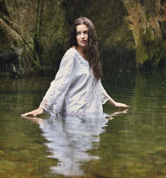 femme_reflet_blanc